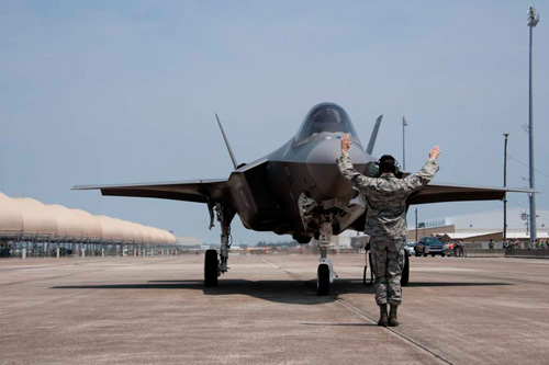 AF-9_Eglin-arrival